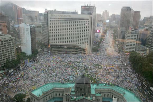 민중의 힘이 나라를 지킨다