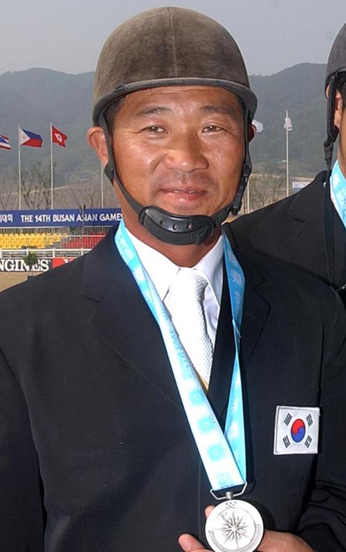 ▶◀ 종합마술 김형칠 선수의 명복을 빕니다.
